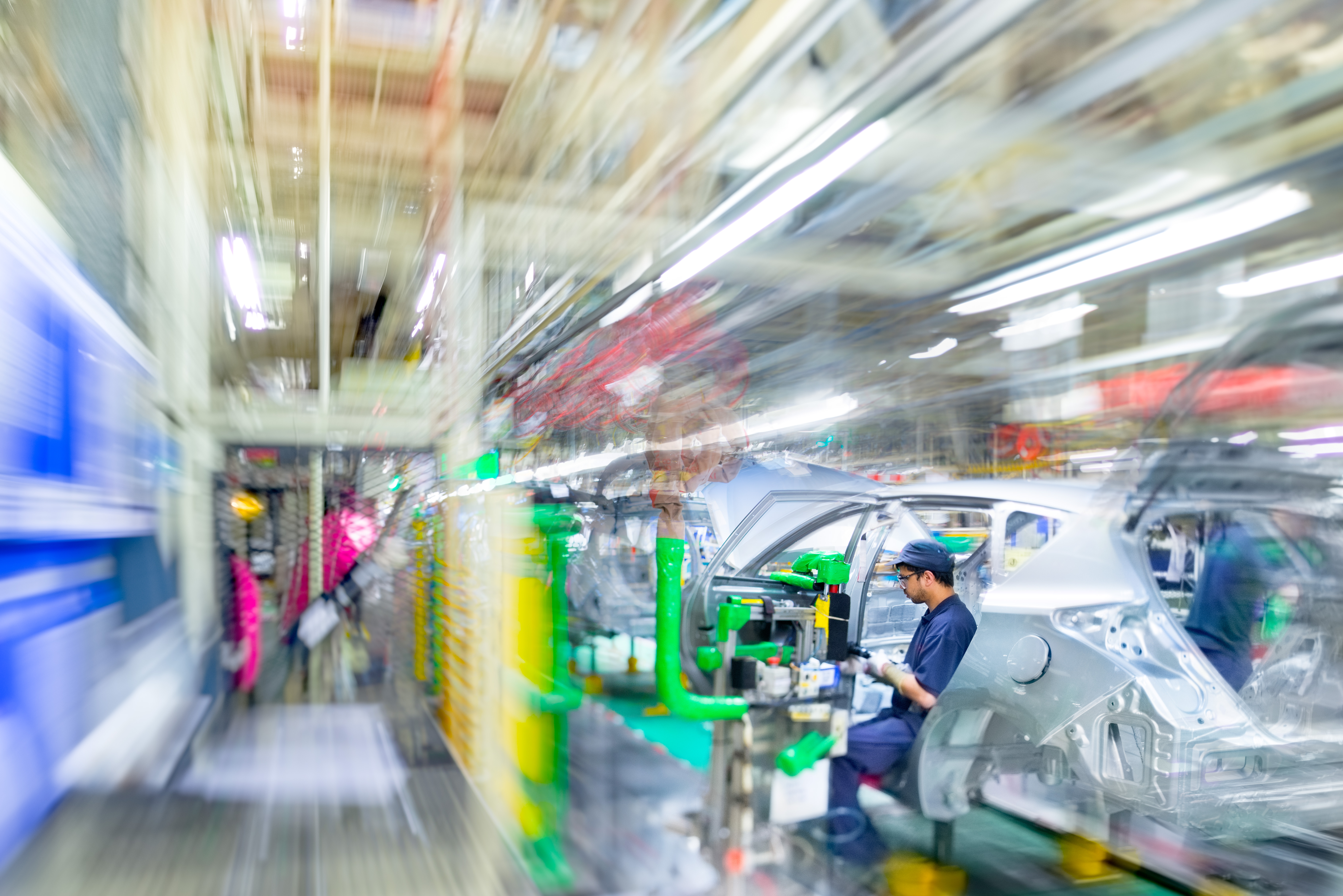 9 ways to keep up with changes in manufacturing technology