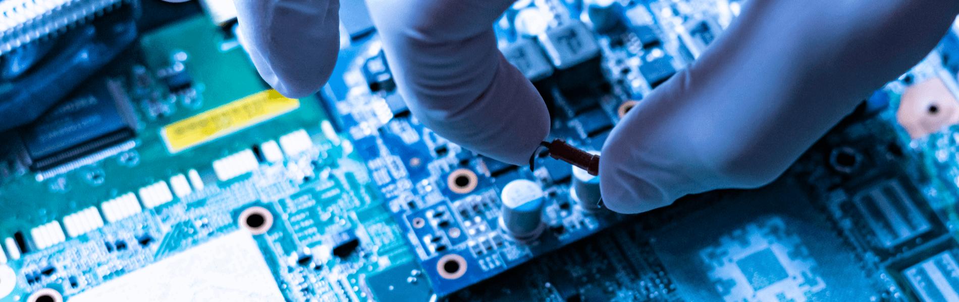 reshoring-electronics-manufacturing-banner